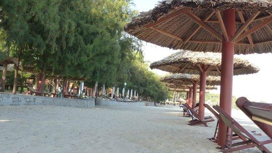 Phu Hai Beach Resort & Spa : Strand