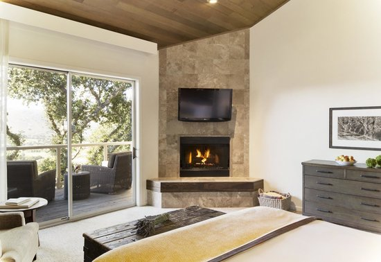 Carmel Valley Ranch: Ranch Suite Bedroom