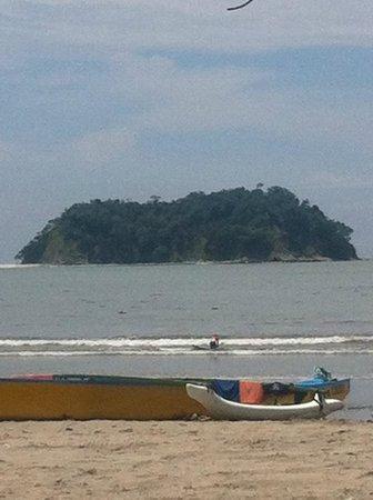 Samara Beach: The island