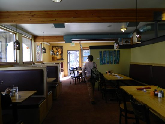 Ed's Cantina & Grill: Inside