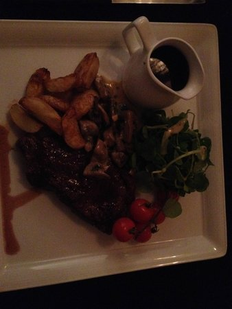 Browns at The Quay: Steak with Red Wine Jus