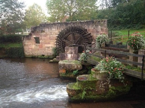 Moulin de la Walk: Water wheel