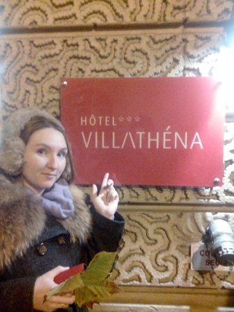 Villathena : При входе