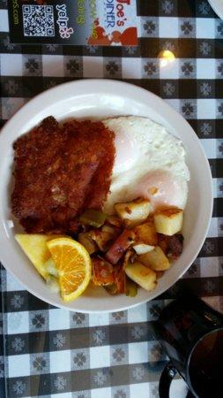 Joe's Diner: Hash and eggs