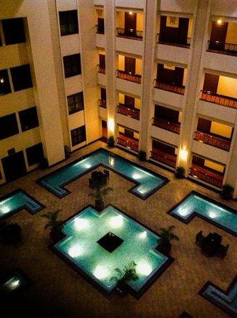 Green Park - Chennai: A l'intérieur de l'hôtel - au-dessus du lobby