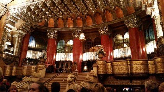 Fox Theatre Theater