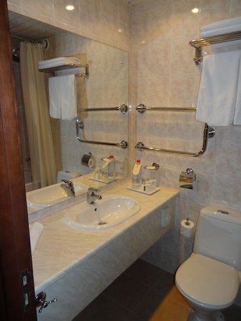 Korston Club Hotel Moscow: Ванная комната с ванной