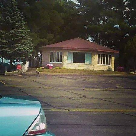 Flamingo Motel & Suites: The Octagon House
