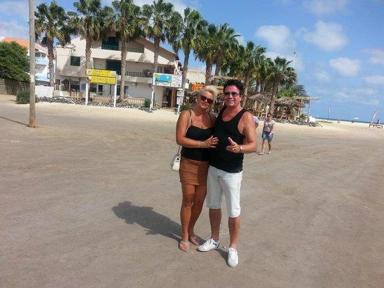 Praia de Santa Maria: Op het strand voor het dorp Santa maria