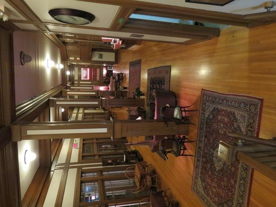 Scotia Inn Lobby