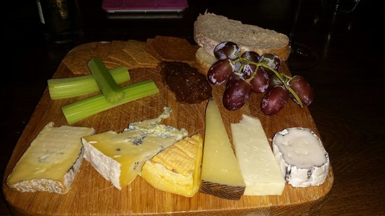 The Saddle Room Restaurant: Generous Cheeseboard