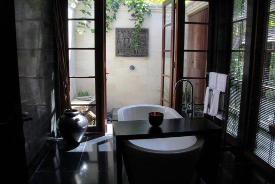 The Damai : bath