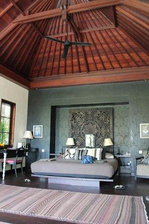 The Damai: Room