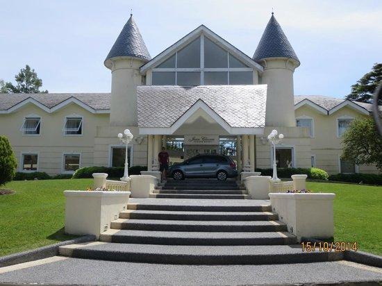 Parque Hotel Jean Clevers : entrada do hotel