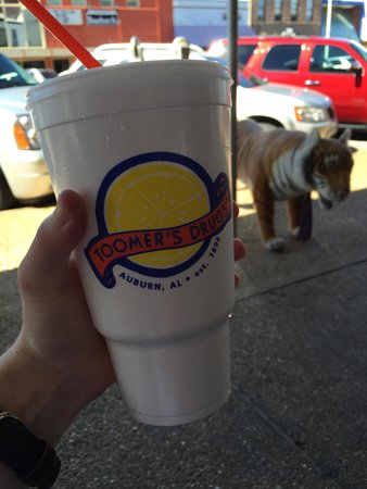 Toomer's Corner: A large lemonade, boom