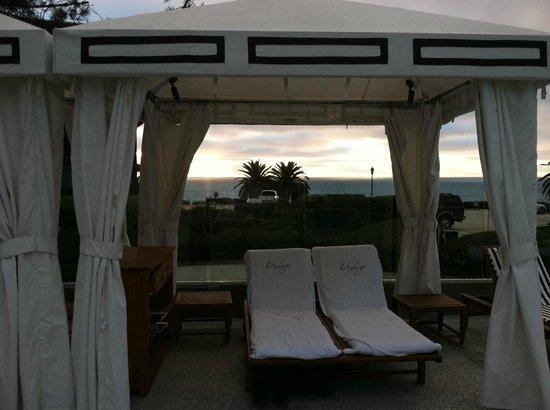 L'Auberge Del Mar: pool cabana