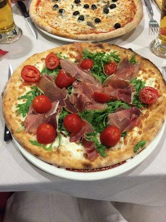 Pizzeria Hakim
