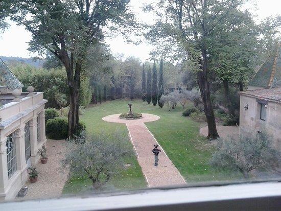Chateau Rieutort : le Parc vu de la chambre