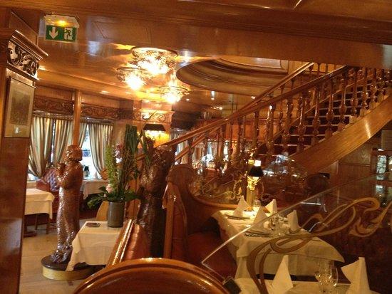 Interior picture of l 39 auberge dab paris tripadvisor - Auberge dab porte maillot restaurant ...