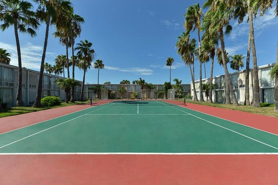 Americas Best Value Inn - Corpus Christi North/Airport: Tennis Court