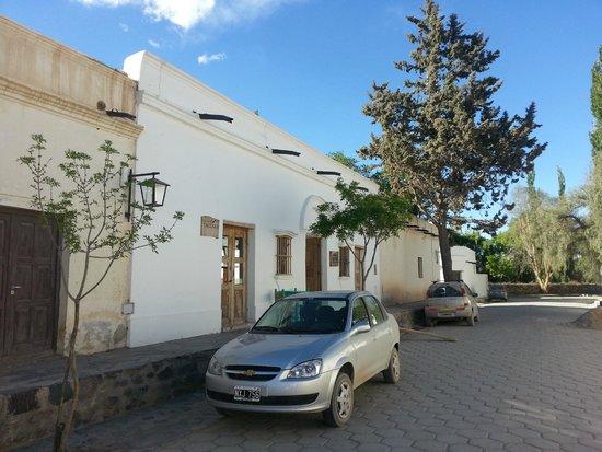 Hosteria Villa Cardon: street view