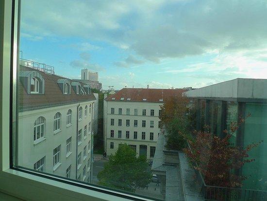 Best Western Hotel Berlin-Mitte: La vista da una camera del sesto piano