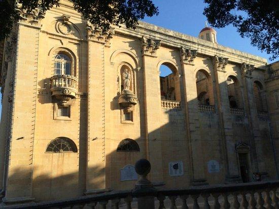 Iglesia parroquial de St. Publiju