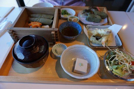 Izasa Todaiji Temple: Seasonal autumn set