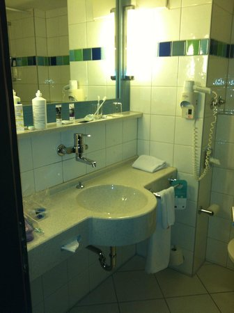 Mercure Hotel Muenchen Sued Messe: Bath