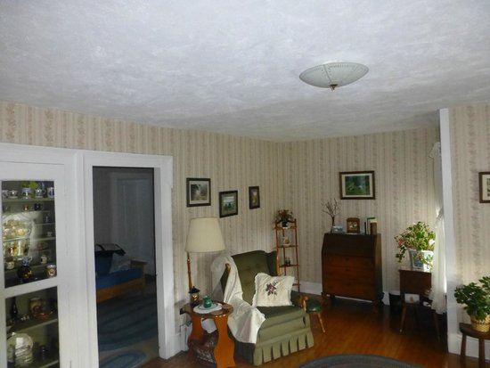 Marge's Bed and Breakfast: Formal Dining
