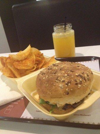 Photo of Restaurant Paprika Moscada at Alameda São Dâmaso, 161, Guimaraes 4810-286, Portugal