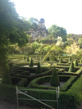 Bantry House & Garden : Beautiful Maze