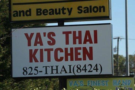 Gah Bua Kham Thai Restaurant II
