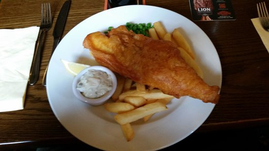 The Mousetrap Inn Restaurant: Fish and chips