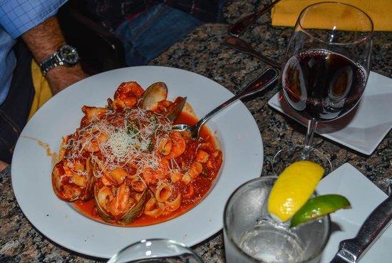 Mediterraneo: seafood plater