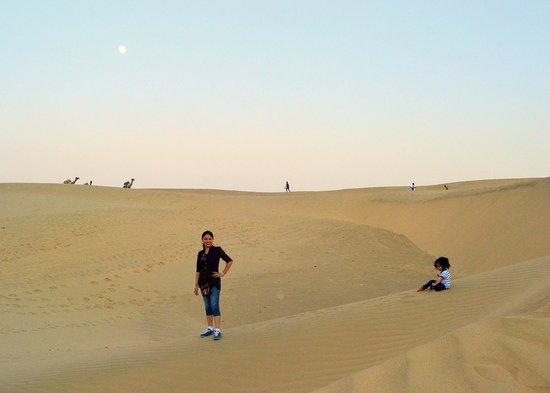 Hotel Pansari Palace : Khuri Sand dunes