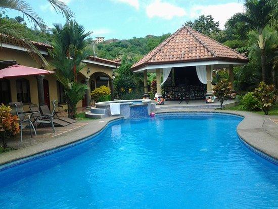 Las Brisas Resort and Villas : Breakfast rotunda