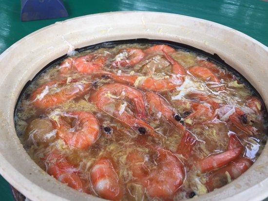 Salut Seafood : Drunken prawns...