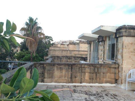 Sundown Court Leisure Resort: Терасса