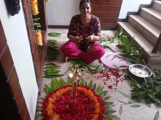 Hedavde Mahalaxmi Temple: Flower rangoli @ temple