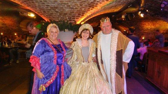 You can dress for a bit extra fotograf 237 a de medieval banquet