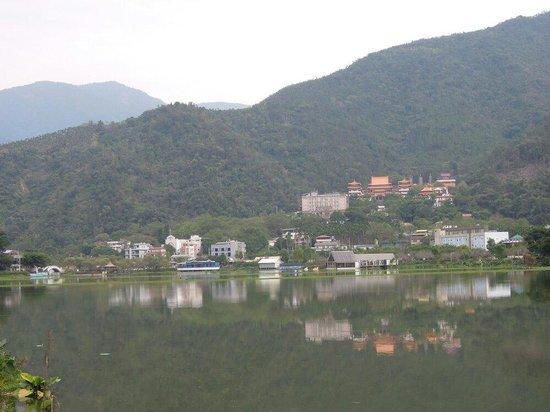 Liyu Tan
