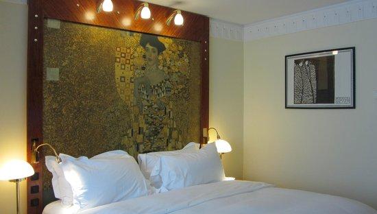 فندق أم كونسرتهاوس - مجاليري كولكشن: Bedroom in a Klimt motif