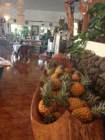 Chez Maria Goretti: Hotel & grounds