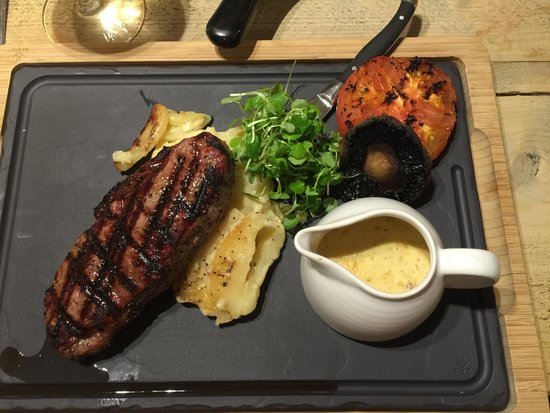 Chineham Arms : Steak cooked to perfection