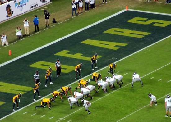 University of Oregon: Oregon Ducks vs. Cal Bears (Levi's Stadium)