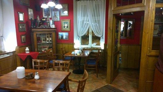 Restaurant area - イチーン、ホ...