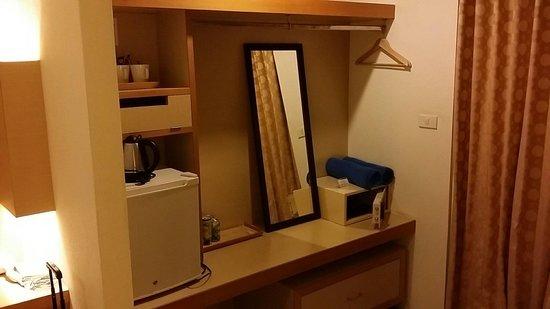 Fun-D Hotel: In-room amenities.