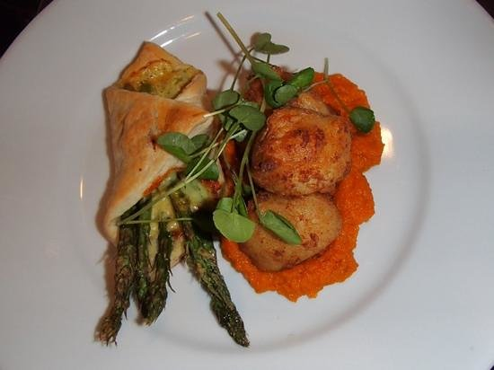 The Seacroft : Asparagus tart