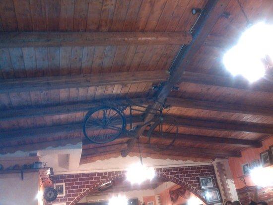Akrogiali Taverna: ζ